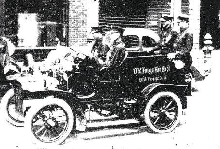 1906 Cadillac - donated by Army Armstrong