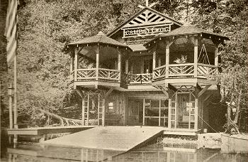 1917 Cowles-Allen Boathouse built by George Goodsell